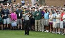 Tiger Woods startet gut beim Major in Augusta. Tiger Woods ist der Favorit auf den Masters-Titel in Augusta.