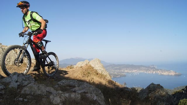 Elba: Mountainbiketouren im Inselparadies. Elba: Mountainbiken. (Quelle: World of MTB / Patrick Wiedemann)