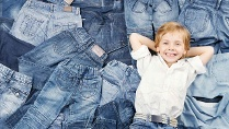 Öko-Test; Kinderkleidung; Blue Jeans (Quelle: Thinkstock by Getty-Images)