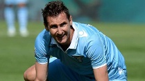 Lazio-Strmer Miroslav Klose muss auf den Pokalsieg hoffen. (Quelle: imago\HochZwei)