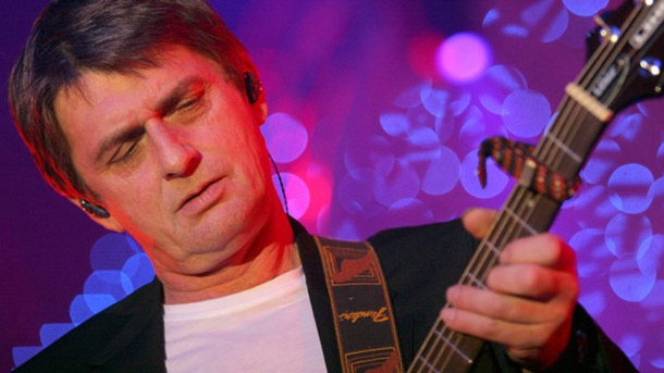 Mike Oldfield wird 60 .