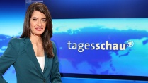Linda Zervakis liest zum ersten Mal die &quot;Tagesschau&quot;. (Quelle: dpa)