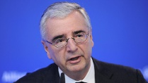 Deutsche-Bank-Aufsichtsratschef Paul Achleitner: &quot;Wir arbeiten alles auf&quot; (Quelle: imago/Sven Simon)