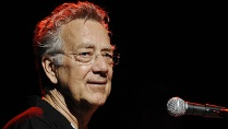 """The Doors""-Mitbegründer Ray Manzarek ist tot. (Quelle: Imago/CTK Photo)"