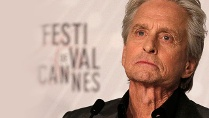Michael Douglas sorgt für einen emotionalen Moment in Cannes.  (Quelle: Reuters)