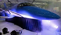 Pilatus enthllt das neue Flaggschiff der Stanser Flugzeugwerke, den  Businessjet PC-24. (Quelle: Reuters\Denis Balibouse)