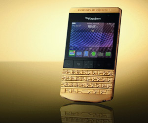 Porsche Design: Blackberry P'9981 Gold. Wie wär´s mit einem goldenen Blackberry? (Quelle: Porsche Design)
