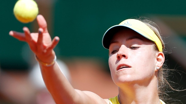 French Open: Angelique Kerber ausgeschieden. Angelique Kerber muss in Paris die Koffer packen. (Quelle: dpa)