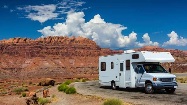 Wohnmobil mieten in den USA: Tipps und Infos. Wohnmobil mieten in den USA und durch die wilde Natur Amerikas reisen. (Quelle: Thinkstock by Getty-Images)