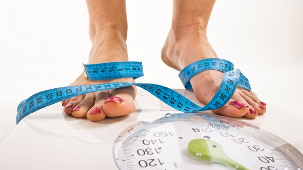Body Mass Index: Das Gewicht allein sagt nicht viel aus. (Quelle: Thinkstock by Getty-Images)