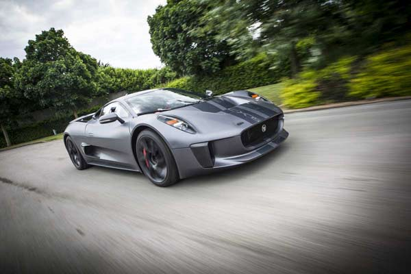 Jaguar C-X75 (Quelle: Press Inform)