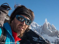Thomas Huber am Cerro Torre.  (Quelle: visualimpact.ch )
