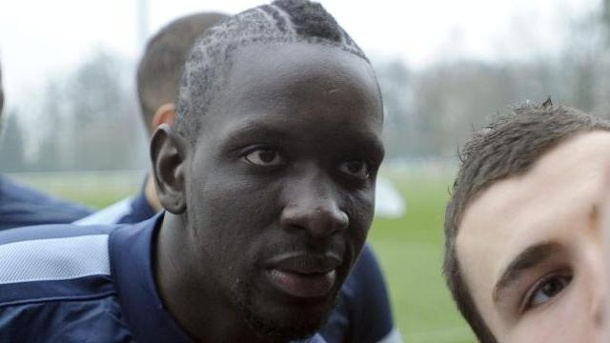 FC Liverpool holt Mamadou Sakho und Victor Moses. Mamadou Sakho wechselt zum FC Liverpool.