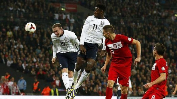 WM-Quali: Wayne Rooney erlöst England - Ukraine in den Playoffs. Wayne Rooney erlöst England mit einem wuchtigen Kopfballtor.