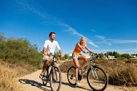 Portugal, Algarve: Radfahren im Urlaub. (Quelle: Thinkstock by Getty-Images)