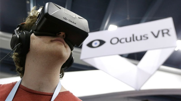 Oculus Rift : Hersteller startet die Auslieferung der Dev-Kit-2-Brillen. Auf der GDC 2014 vorgestellt: Die Developer Kit-2-Version der VR-Brille Oculus Rift (Quelle: AP/dpa)