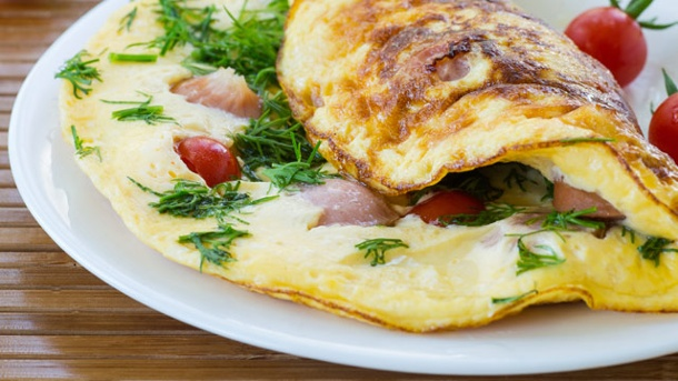 Omelett: So gelingt ein locker-luftiges Omelette. Omelette (Quelle: Thinkstock by Getty-Images)