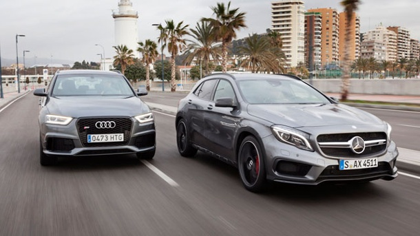Audi RS Q3 vs. Mercedes GLA 45 AMG: Zwei Power-SUV im Vergleichstest. Audi RS Q3 vs. Mercedes GLA 45 AMG (Quelle: Press-Inform)