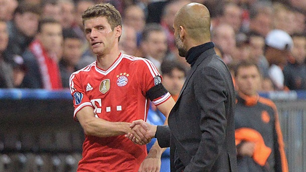 Bayern Munichs Thomas Muller wants clarification talks with Pep Guadiola over his first team place [Stern]