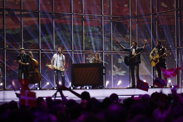das zweite halbfinale des eurovision song contests 2014 startete mit firelight aus malta die. Black Bedroom Furniture Sets. Home Design Ideas