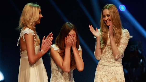 11 gntm 2014 finale jolina busenblitzer q img 308x0 jpg pictures to