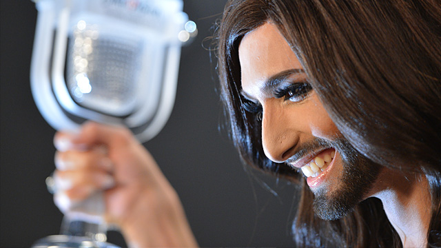 conchita wurst ist thema beim wort zum sonntag. Black Bedroom Furniture Sets. Home Design Ideas