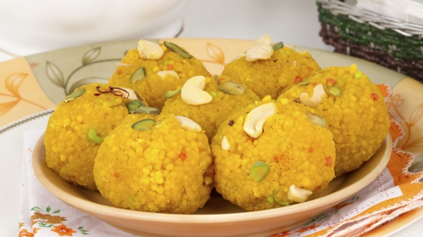 Laddu: Traditionelle indische Süßspeise