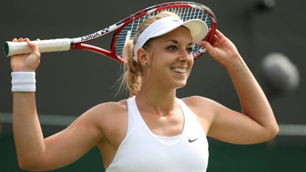 The 28-year old daughter of father Richard and mother Elisabeth, 178 cm tall Sabine Lisicki in 2018 photo