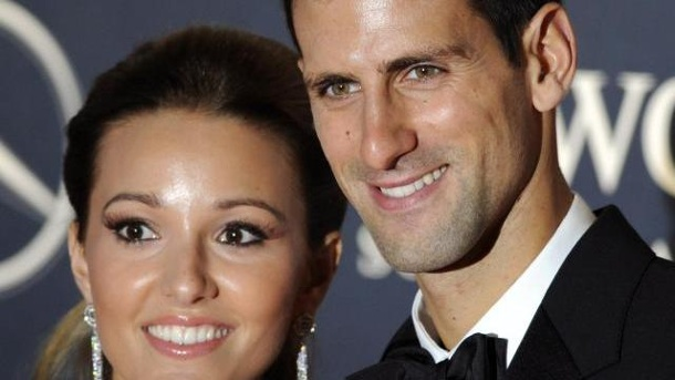 Wimbledon-Champ Djokovic heiratet Jugendfreundin Jelena. Novak Djokovic hat seine Freundin Jelena Ristic geheiratet.