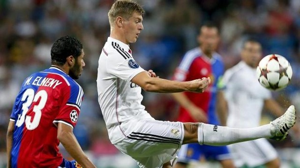 Champions League: Real Madrid und Toni Kroos atmen nach 5:1 auf. Toni Kroos (r) gewann mit Real Madrid 5:1 gegen den FC Basel.