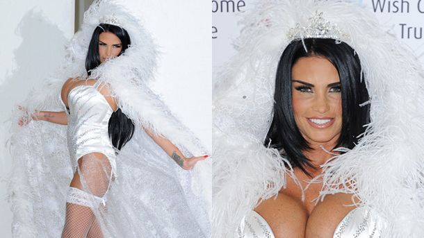 Katie Price kam als Eiskönigin zur Vorstellung ihres Buches 'Make My Wish Come True'. (Quelle: Splash)