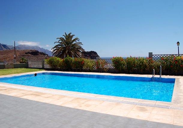 "Der Pool des ""Beautiful Apartement with Sea Views"" auf Gran Canaria. (Quelle: wimdu.de)"