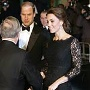 Herzogin Catherine und Prinz William besuchten zum ersten Mal die Royal Variety Performance in London. (Quelle: Reuters)