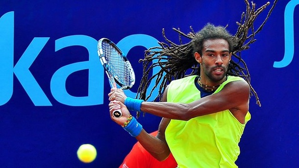 Tennis: Brown gewinnt deutsches Duell in Doha gegen Struff. Dustin Brown besiegte in Doha Jan-Lennard Struff.