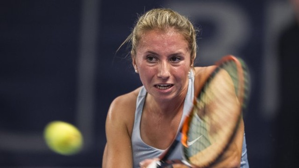 Tennis: Mona Barthel und Annika Beck in Antwerpen in Runde zwei. Annika Beck in Aktion.