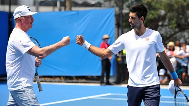 "Novak Djokovic: ""Lerne ständig Neues von Boris Becker"". Novak Djokovic (re.) beim Training mit seinem Coach Boris Becker. (Quelle: imago/PanoramiC)"