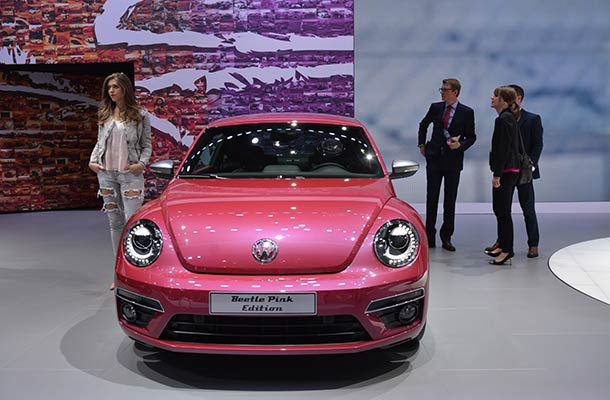 vw beetle vier neue k fer auf der new york auto show. Black Bedroom Furniture Sets. Home Design Ideas