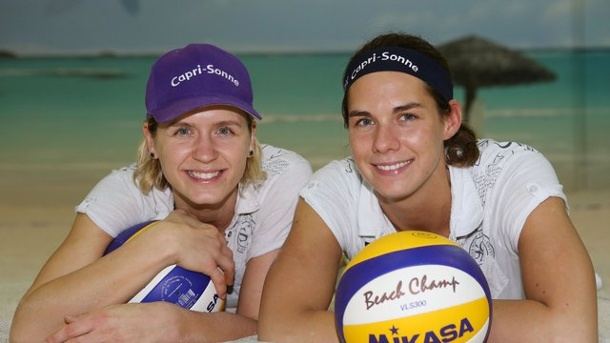 "Beach-Volleyball - Road to Rio: ""Knackige Saison"" für Beach-Teams. Laura Ludwig (l) und Kira Walkenhorst wollen 2016 nach Rio."