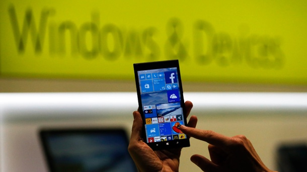 Microsoft Windows 10 gibt es in sieben Versionen. Windows 10 bietet Microsoft auch für Mobiltelefone an. (Quelle: Reuters)