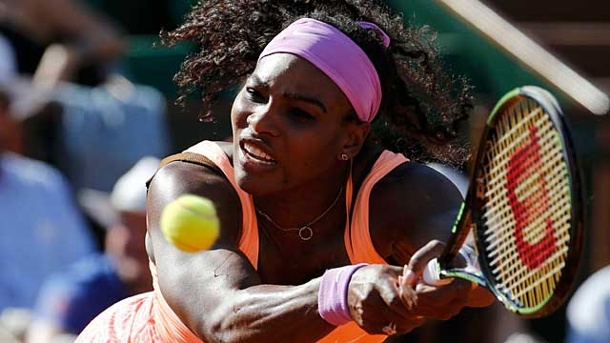 French Open: Serena Williams taumelt ins Finale. Die US-Amerikanerin Serena Williams im Halbfinale der French Open in Paris. (Quelle: Reuters)