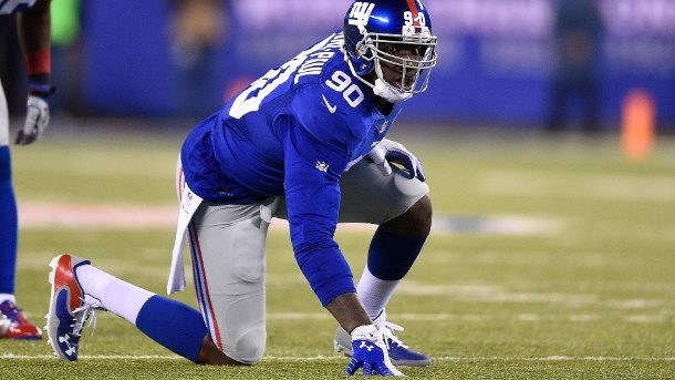 NFL-Profi Jason Pierre-Paul verliert Finger und 60-Mio-Angebot. Die Football-Karriere des 26-jährigen Jason Pierre-Paul steht in den Sternen. (Quelle: imago/Icon SMI)