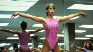 Jamie Lee Curtis im Style der 80er (Quelle: imago Entertainment Pictures)
