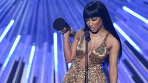 Nicki Minaj ätzt bei den 'MTV Video Music Awards' gegen Miley Cyrus.