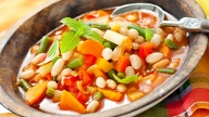 Minestrone  (Quelle: Thinkstock by Getty-Images)