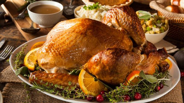 Der Truthahn ist der Mittelpunkt eines traditionellen Thanksgiving-Menüs. (Quelle: Thinkstock by Getty-Images)