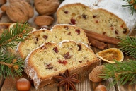 Christstollen gehört dazu  (Quelle: Thinkstock by Getty-Images)