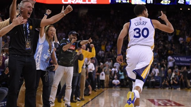 Golden State Warriors schreiben NBA-Geschichte. Die Golden State Warriors um Superstar Stephen Curry stellten einen neuen NBA-Startrekord auf.