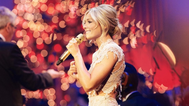 helene fischer l sst bei ard weihnachtsshow die quoten steigen. Black Bedroom Furniture Sets. Home Design Ideas