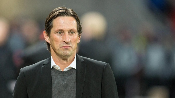 bayer leverkusen trainer roger schmidt watscht sky reporter ab. Black Bedroom Furniture Sets. Home Design Ideas
