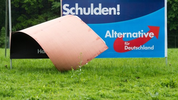 afd plakataufsteller in karlsruhe beschossen mann bleibt unverletzt. Black Bedroom Furniture Sets. Home Design Ideas